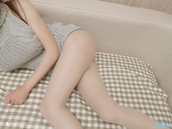 【波多野结衣】【宅福利】微博红人麻酥酥喲最新妹子图与视频
